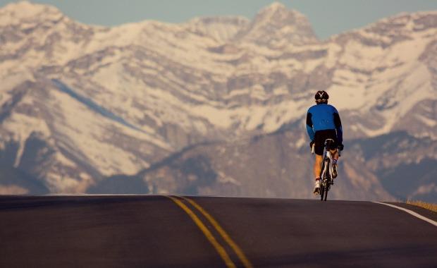 Cara Mengendarai Sepeda Menanjak